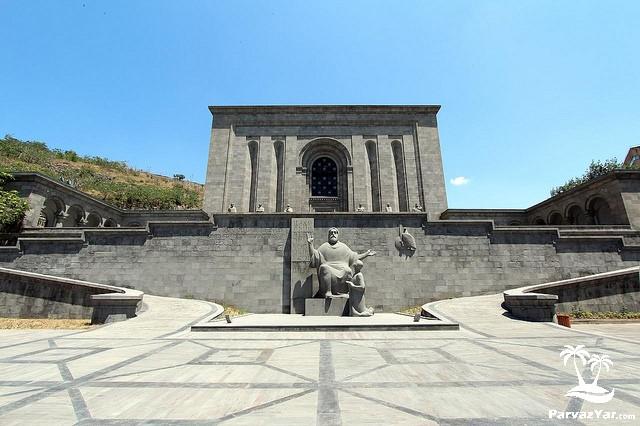 دیدنی های ارمنستان Matenadaran