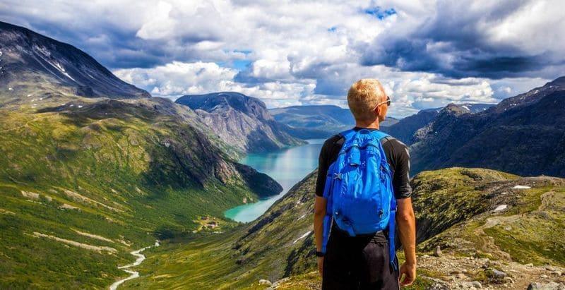 سفر به ۱۰ کشور شاد جهان