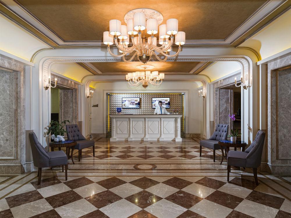 هتل Manesol Boutique