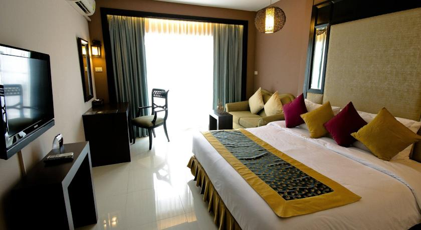 هتل Royal View Resort Rang Nam