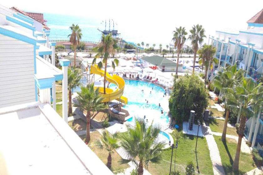 هتل Club Eva