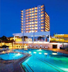 هتل Adonis Hotel
