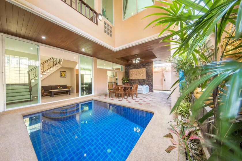 هتل VIP Villas Pattaya Pool Villa Phratamnak