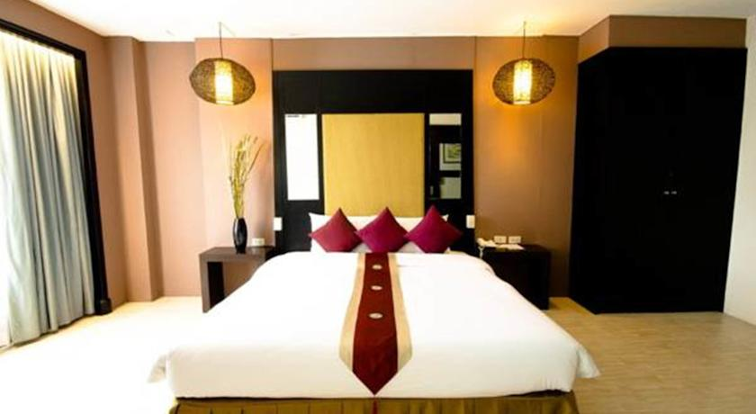 هتل Royal View Resort Rang Nam