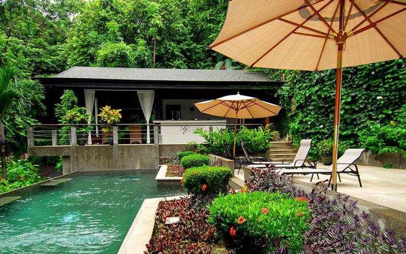 ۲. هتل تولمار بانگالوس ( Tulemar Bungalows & Villa) – کاستاریکا