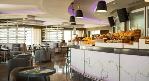 هتل Renaissance Izmir Hotel, A Marriott Luxury & Lifestyle Hotel