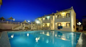 هتل Bahama Art Hotel