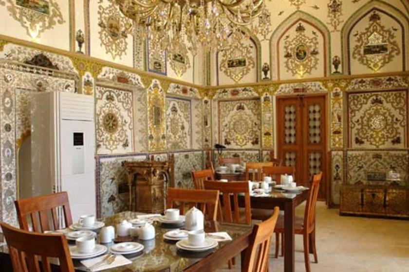 هتل خانه تاریخی کیانپور