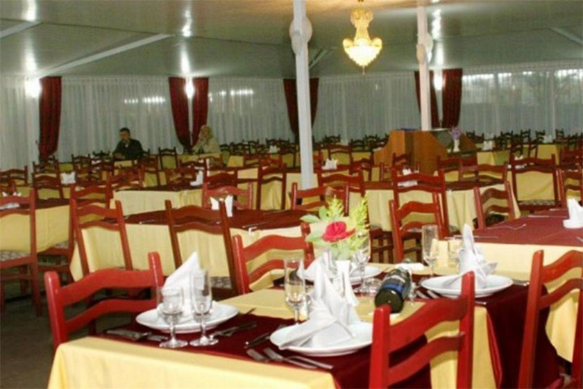 هتل Grand Troyka