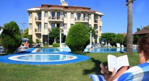 هتل Golden Moon Hotel
