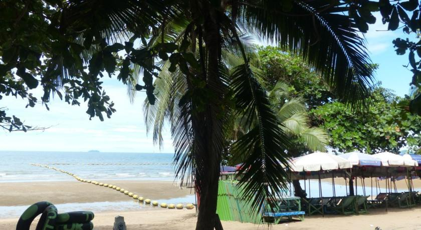 هتل Paradise Jomtien Beach