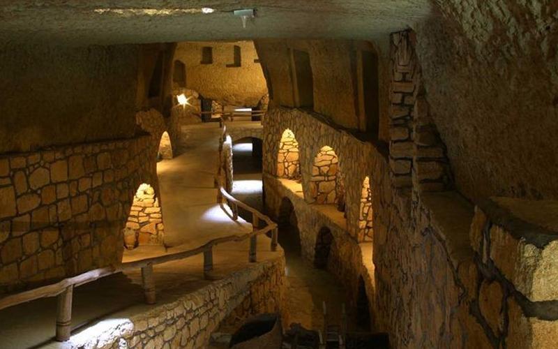 شهر زیرزمینی کیش (کاریز)
