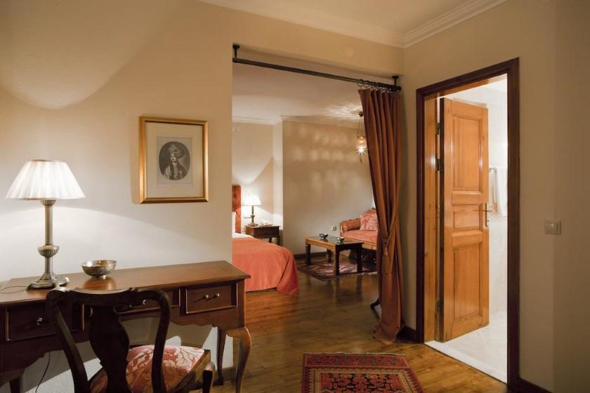 هتل Sari Konak