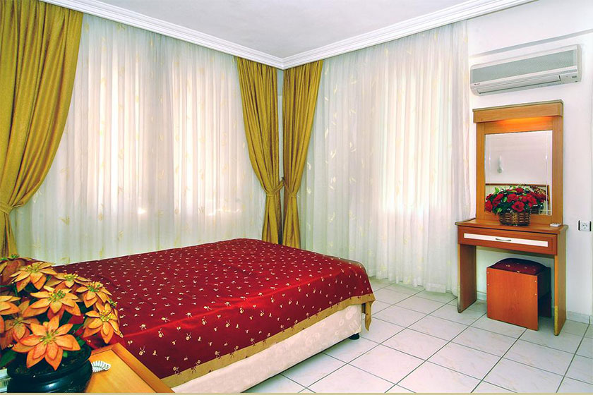 هتل Hedef Kleopatra Golden Sun