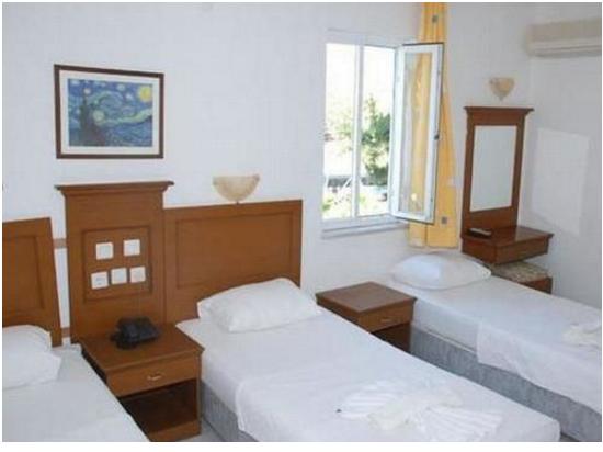 هتل Club Diana
