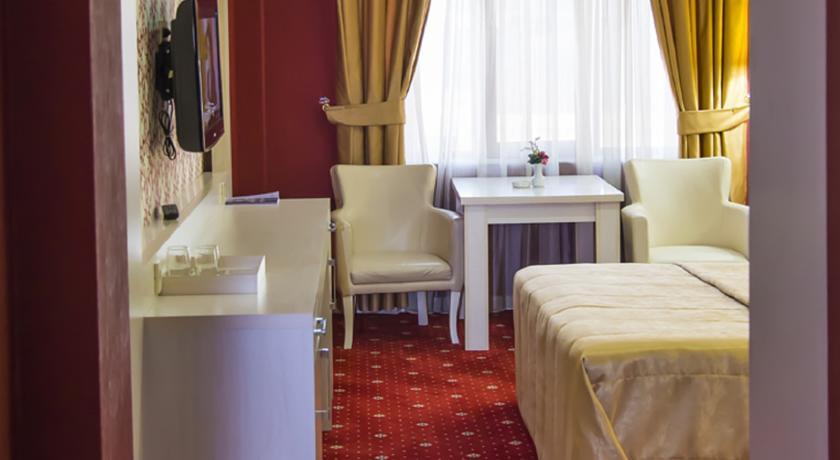 هتل Ariva