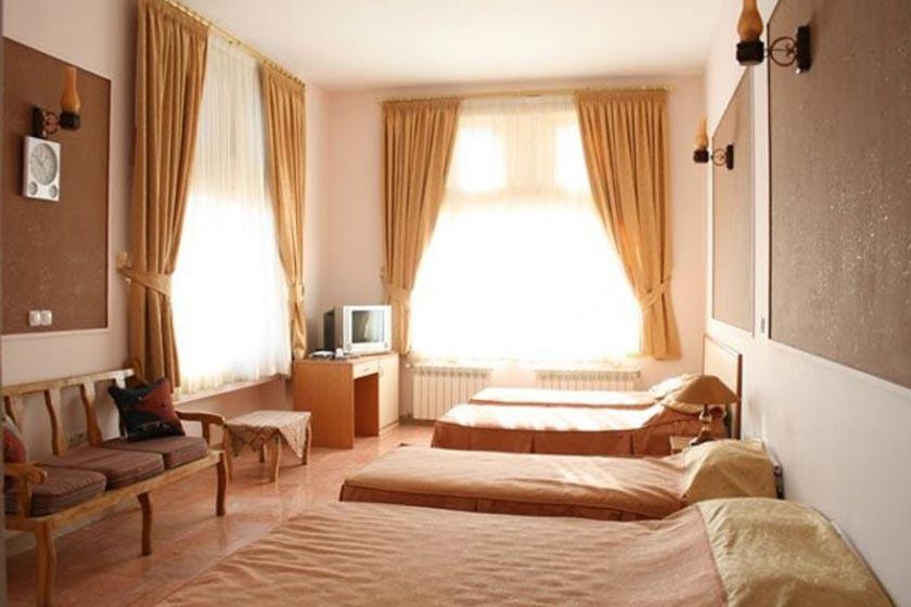 هتل مارینا ۲