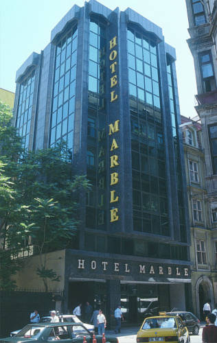 هتل Marble Hotel