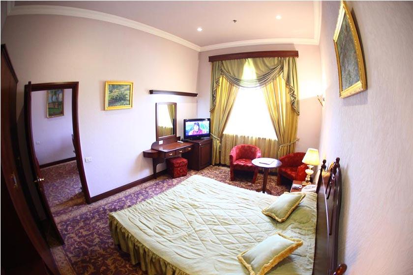 هتل Metropol Hotel