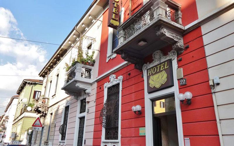 هتل استرید (Hotel Astrid)