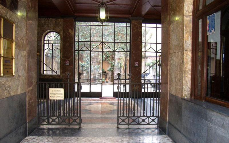 هتل سنترال استیشن (Hotel Central Station)