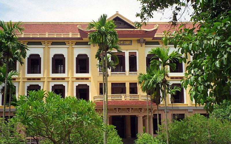 موزه هنرهای زیبا ویتنام (Vietnam Fine Arts Museum)