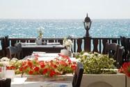 هتل ریویرا هالیدی بیچ و کلاب (Riviera Beach Hotel and SPA