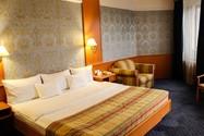 هتل آتریوم پالاس (Atrium Palace Hotel)