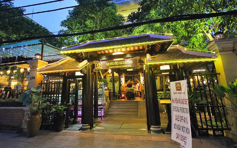 رستوران Quan An Ngon