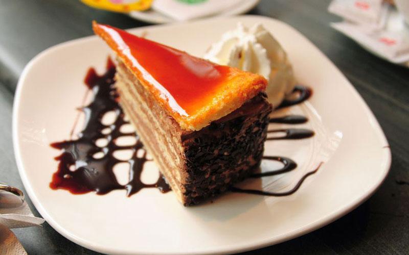 کیک دوبوش (Dobos torte) – مجارستان