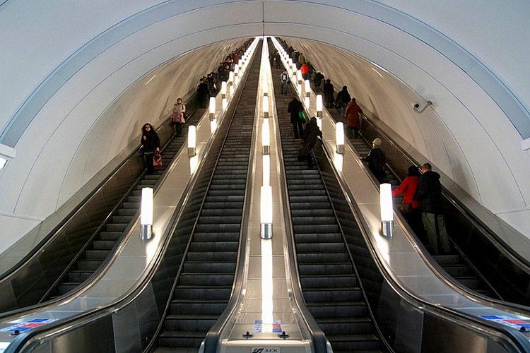 غمیق ترین متروی سن پترزبورگ