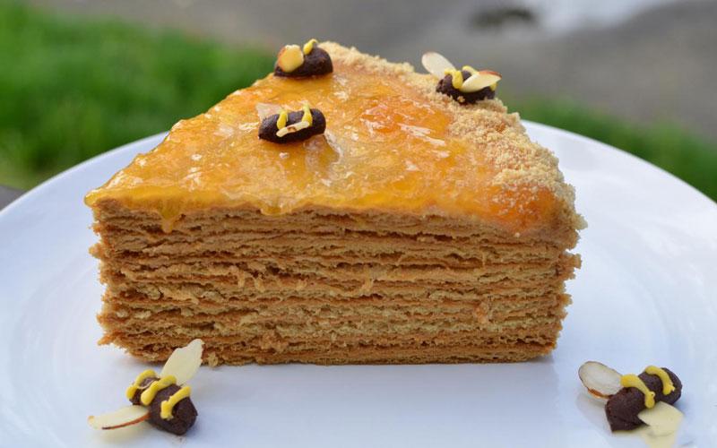 هانی کیک یا کیک عسل