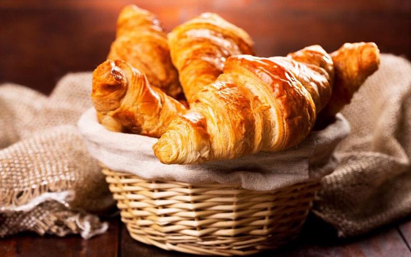 کرواسان (Croissant) – فرانسه