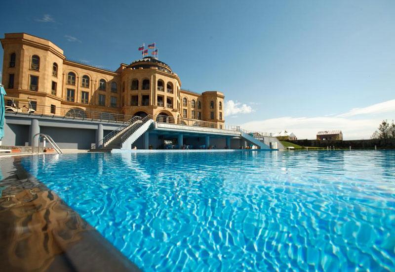 هتل لاتار کمپلکس (Latar Hotel Complex)