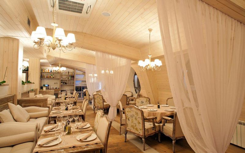 رستوران مارکو پولو (Marco Polo)