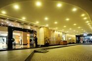 هتل پی ان بی پردانا سوئیتز آن پارک (PNB Perdana Hotel & Suites On The Park)