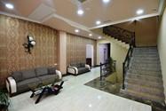 هتل ایروان دلوکس (Yerevan Deluxe Hotel)