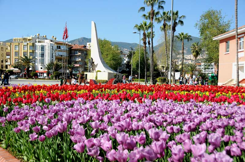 بهترین زمان سفر به آلانیا؛ دژ امپراطورهای مدیترانه در ترکیه