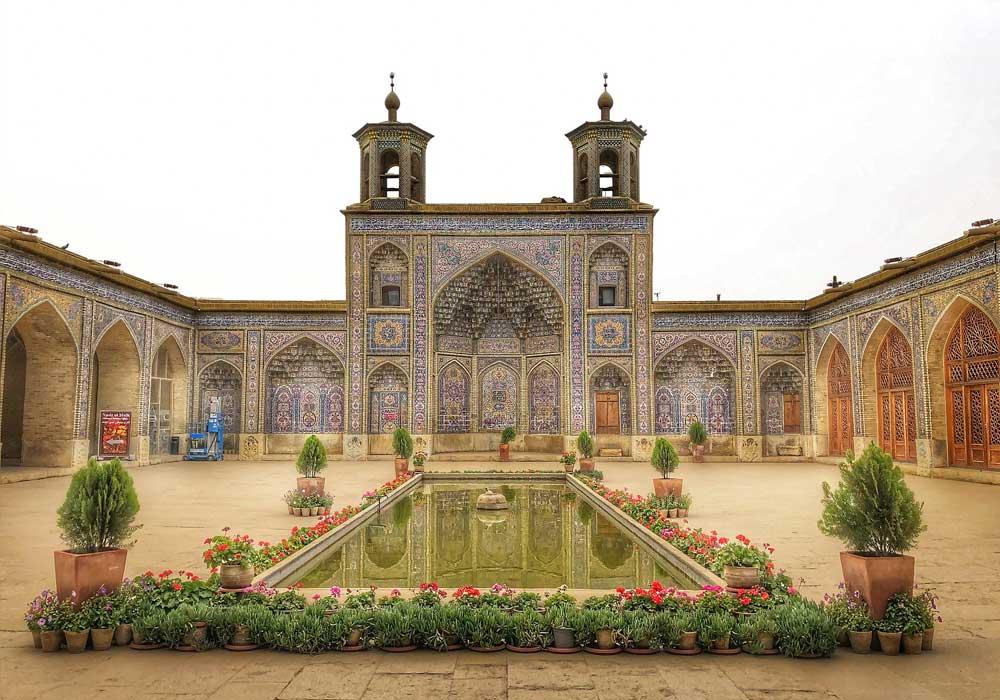 تور شیراز 6 اردیبهشت